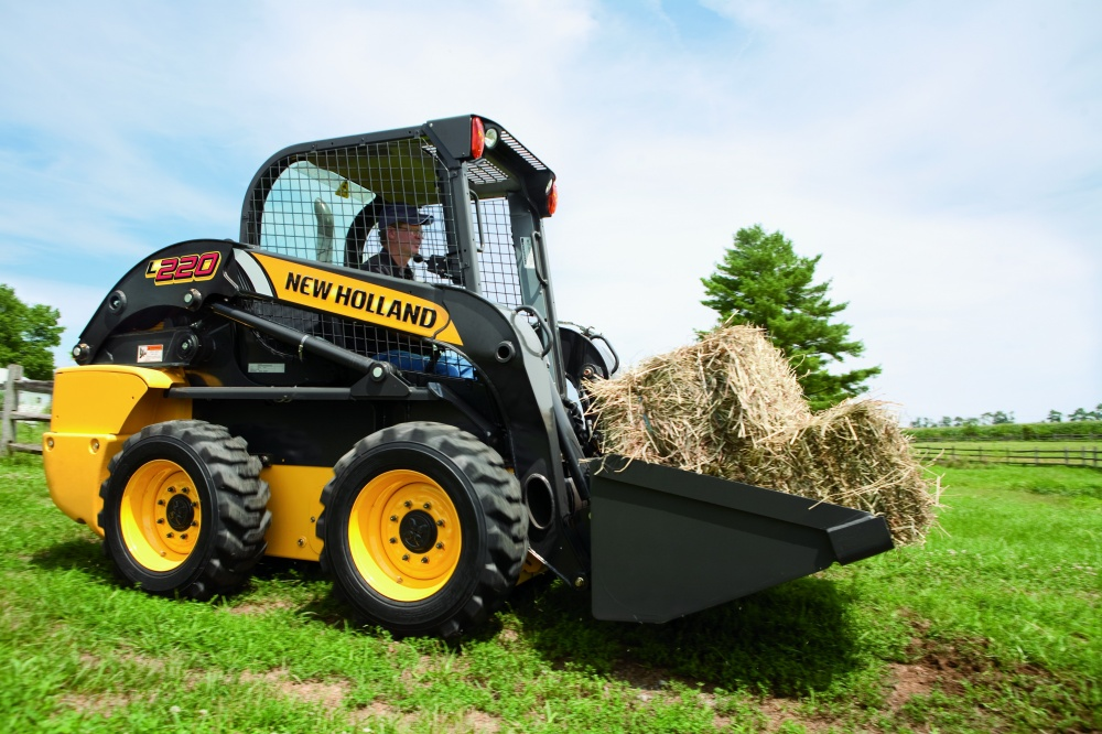Мини-погрузчики New Holland L220